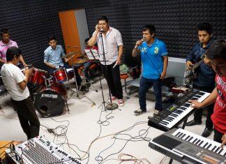 Estrena Radio UAEH-Huejutla producciones en Náhuatl