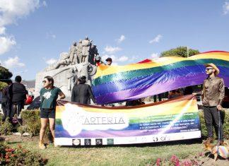 Comunidad LGBTIQ desfila por Pachuca