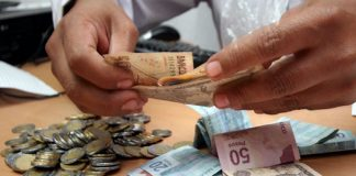 Coparmex se une a petición de subir a 92.72 el minisalario