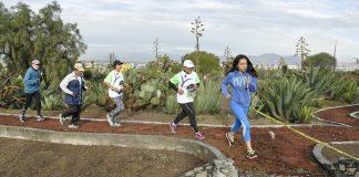 Celebra Semarnath primera carrera de montaña