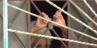 Rescatan mujer abandonada en una vivienda
