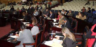Autorizan a tres municipios contraer deuda