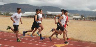 Participan 150 corredores en selectivo estatal de atletismo