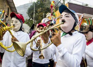 Llega el Carnaval a San Bartolo Tutotepec