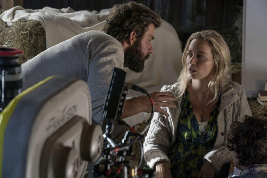 John Krasinski y Emily Blunt en set