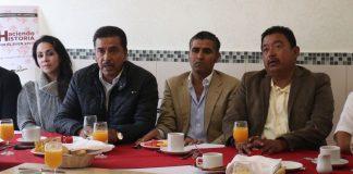 Alcaldes de dos municipios se suman a Morena