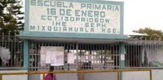 Demandan docente faltante en escuela de Mixquiahuala