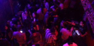 No permite renovar licencias a bares clausurados en la Reforma