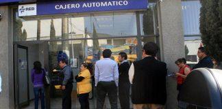 Reguarda policía municipal bancos en Pachuca
