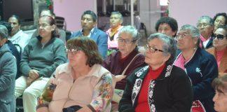 Orientan a adultos mayores para elaborar su testamento
