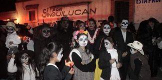 Singuilucan prepara tercera edición de desfile de catrinas y catrines