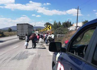 Apoyan en Tepeji a migrantes centroamericanos