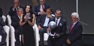 Comparten campeones del mundo experiencias del futbol Mundial