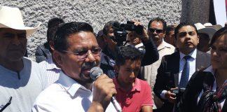 Cipriano Charrez pide licencia como legislador federal