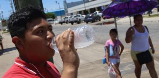 Destacan importancia de mantenerse hidratado en temporada de calor